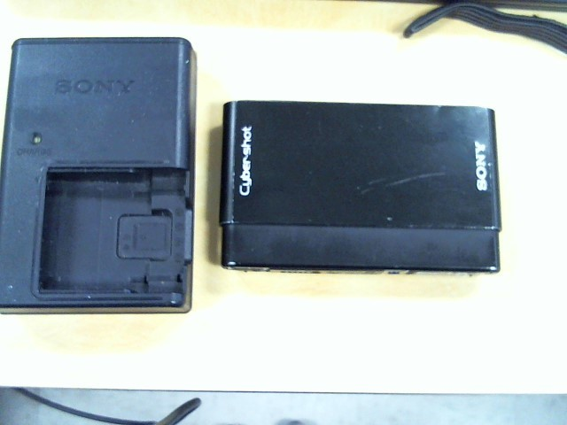 SONY Digital Camera DSC-T77