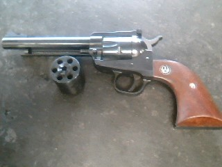 RUGER Revolver SINGLE-SIX