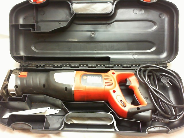 BLACK & DECKER Reciprocating Saw RS600