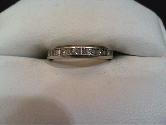 Lady's Diamond Wedding Band 17 Diamonds .26 Carat T.W. 14K White Gold 2g