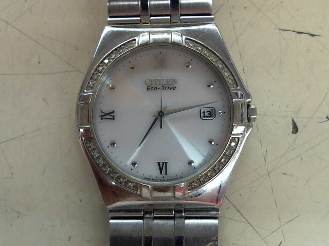CITIZEN Gent's Wristwatch E110-S001421