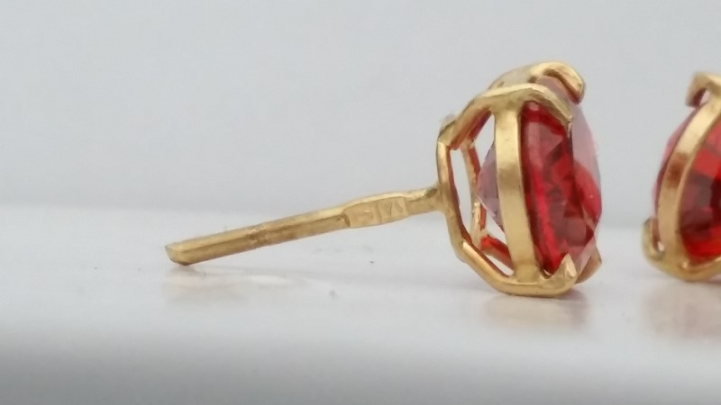 Padparadscha Sapphire Earrings set in 18K Yellow Gold Approx. 2ct/ea