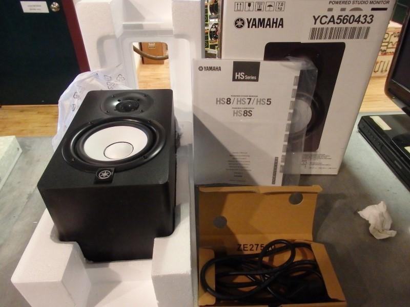 YAMAHA Speakers/Subwoofer HS5