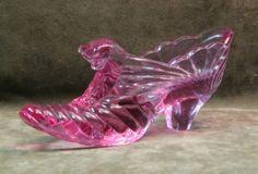 FENTON Glass/Pottery CAT HEAD SHOE