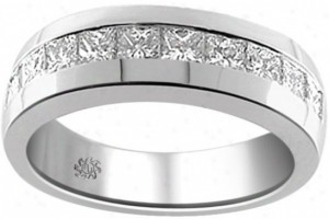 Gent's Gold-Diamond Wedding Band 8 Diamonds .16 Carat T.W. 10K White Gold 2dwt
