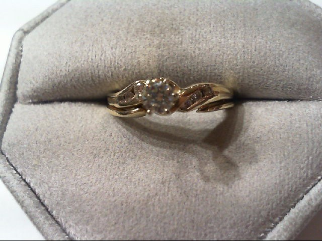 Lady's Diamond Wedding Set 7 Diamonds .39 Carat T.W. 14K Yellow Gold 3.7g