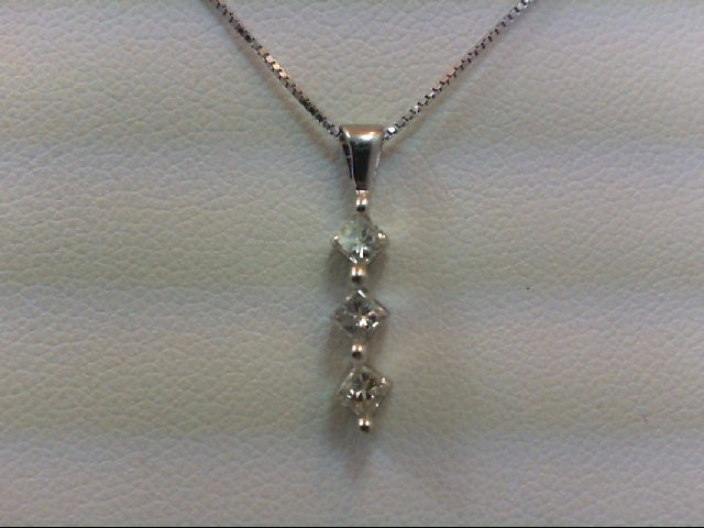 Gold-Multi-Diamond Pendant 3 Diamonds .30 Carat T.W. 14K White Gold 1.9g