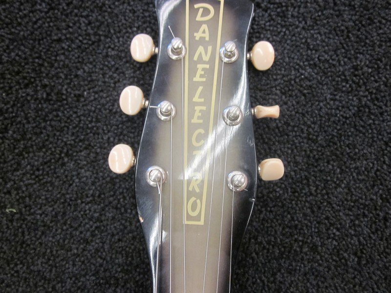 DANELECTRO U2 90'S REISSUE OF '56 MODEL