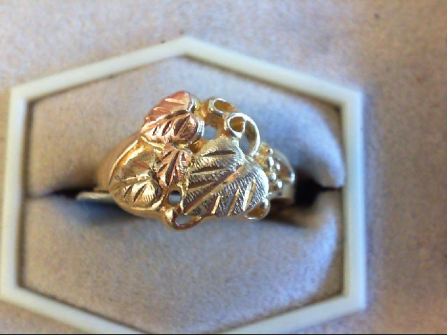 Lady's Gold Ring 10K 2 Tone Gold 3.4g Size:8