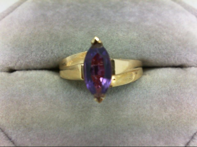 Amethyst Lady's Stone Ring 10K Yellow Gold 3.3g