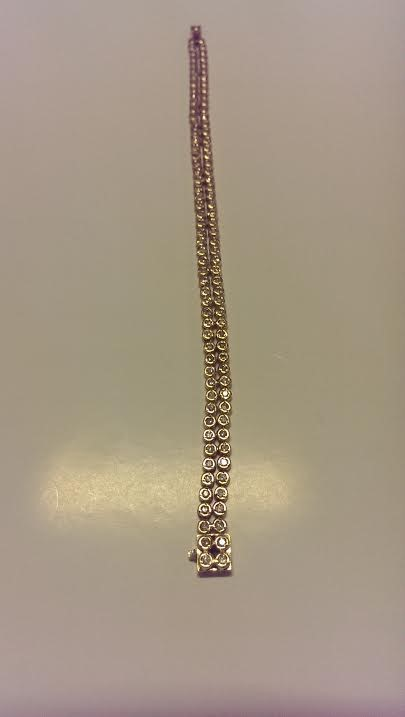 Gold-Diamond Bracelet 106 Diamonds 2.12 Carat T.W. 18K Yellow Gold 9.5dwt