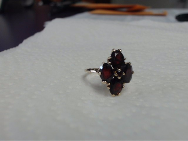 Almandite Garnet Lady's Stone Ring 14K Yellow Gold 3.14g