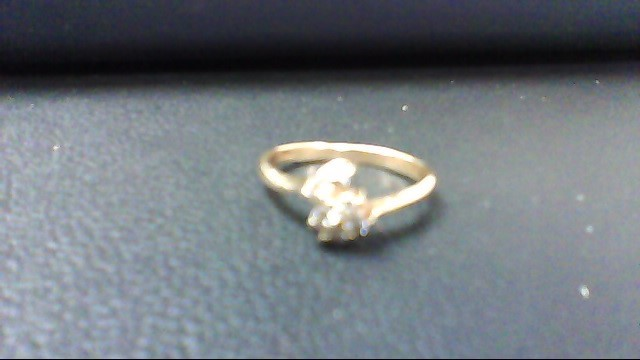 Lady's Diamond Cluster Ring 6 Diamonds .30 Carat T.W. 14K Yellow Gold 1.6g