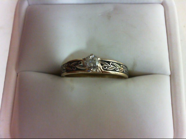Lady's Diamond Engagement Ring .17 CT. 10K Yellow Gold 2.6g