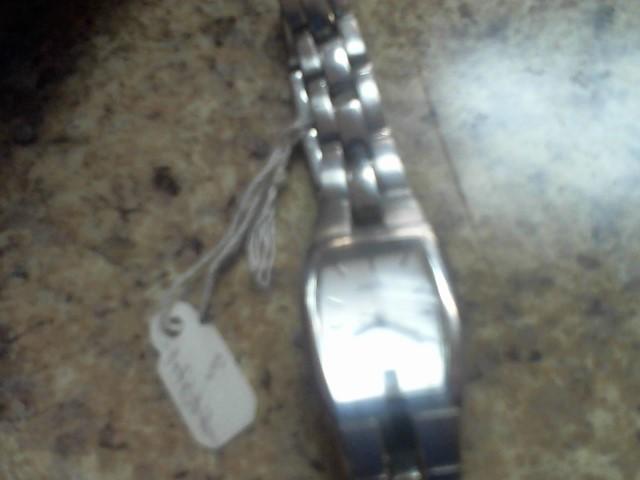 FOSSIL Lady's Wristwatch ES-1053