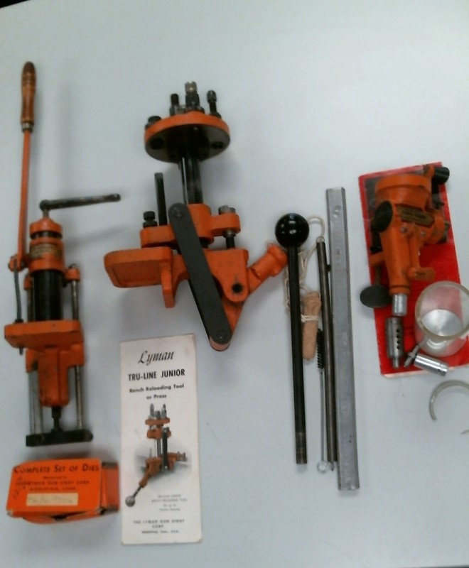 VINTAGE LYMAN RELOADING EQUIPMENT