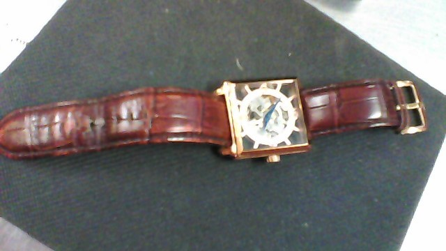 STUHRLING Gent's Wristwatch CAL.ST 90050