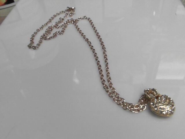 Juicy Couture Wish Pave Crown Heart Necklace Gold