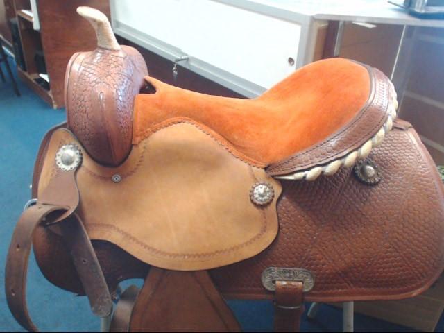 Horse Tack WESTERN SADDLE