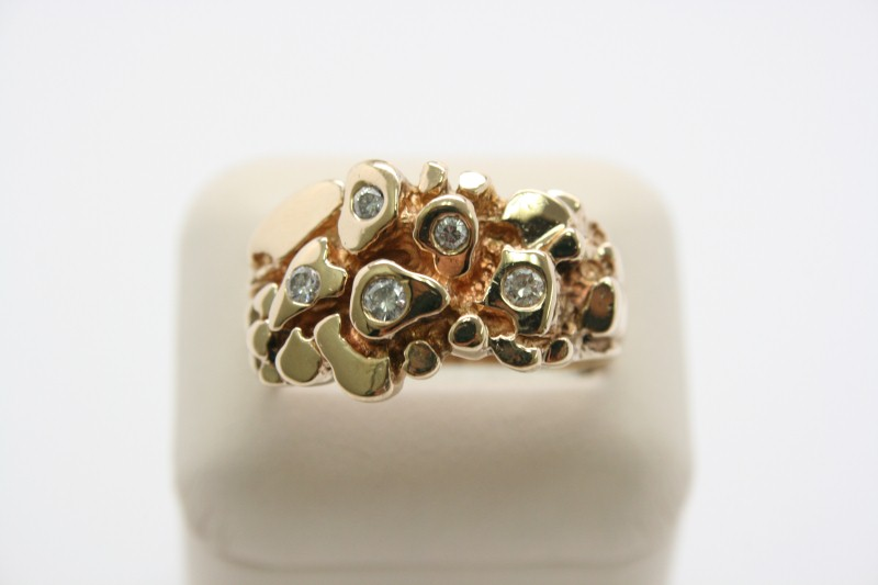 GENT'S NUGGET STYLE DIAMOND RING 14K YELLOW GOLD