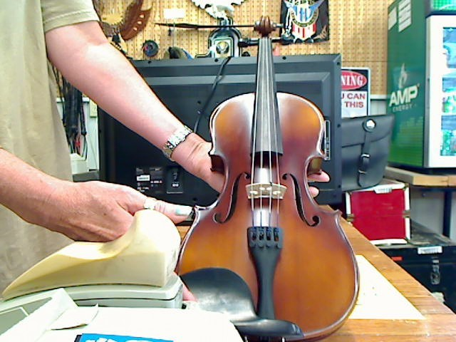 KNILLING STRING INSTRUMENTS Violin VIOLIN