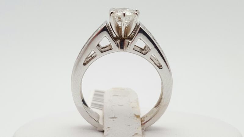 Lady's Diamond Engagement Ring 25 Diamonds 1.47 Carat T.W. 14K White Gold 5.3g