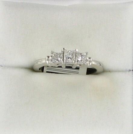 Lady's Platinum-Diamond Anniversary Ring 3 Diamonds .65 Carat T.W. 950 Platinum