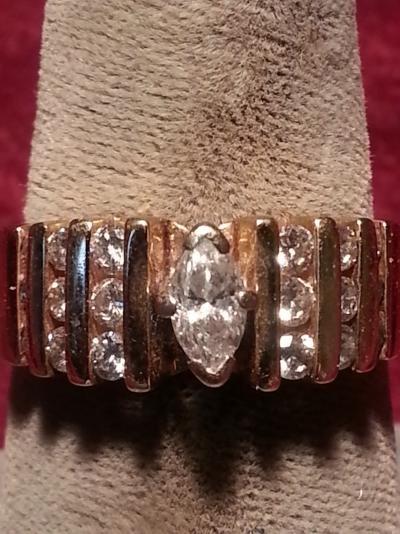 Lady's Diamond Solitaire Ring 19 Diamonds 1.30 Carat T.W. 14K Yellow Gold 5dwt