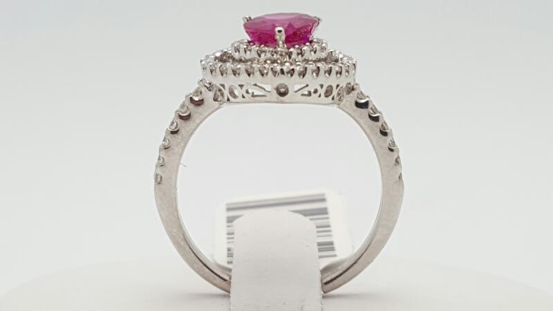 Lady's ruby & Diamond Ring 54 Diamonds .44 Carat T.W. 18K White Gold 3.9g