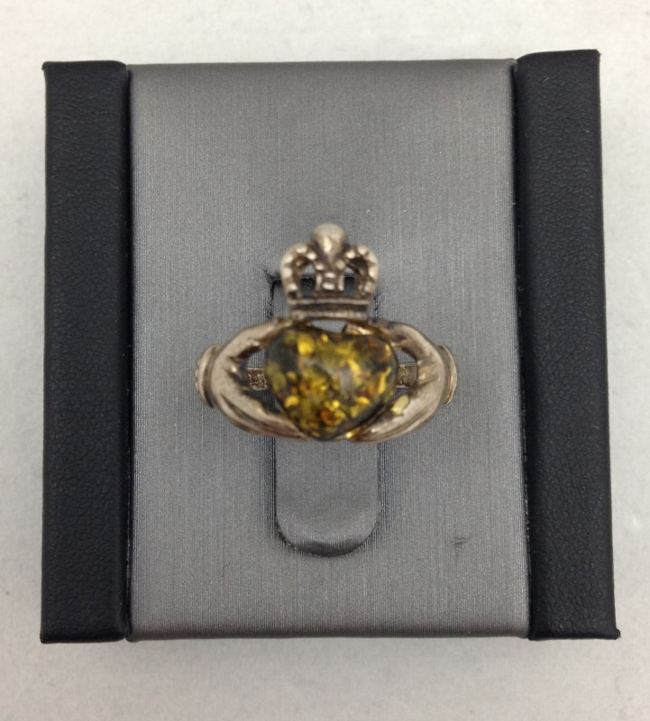 Lady's Claddagh Silver & Amber Ring 925 Silver 1.8dwt