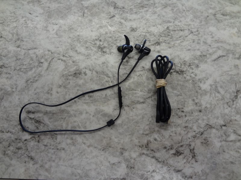JAYBIRD HEADPHONES BLUEBUDS X BLUETOOTH/WIRELESS
