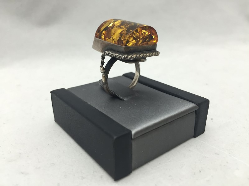 Lady's Large Stone Amber Antiqued Ring 925 Silver 6.7dwt Size:6.5