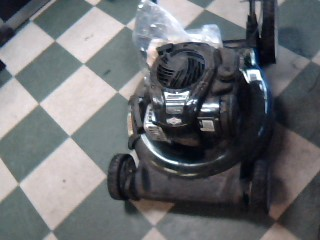BOLENS Lawn Mower 11A-BOBL765
