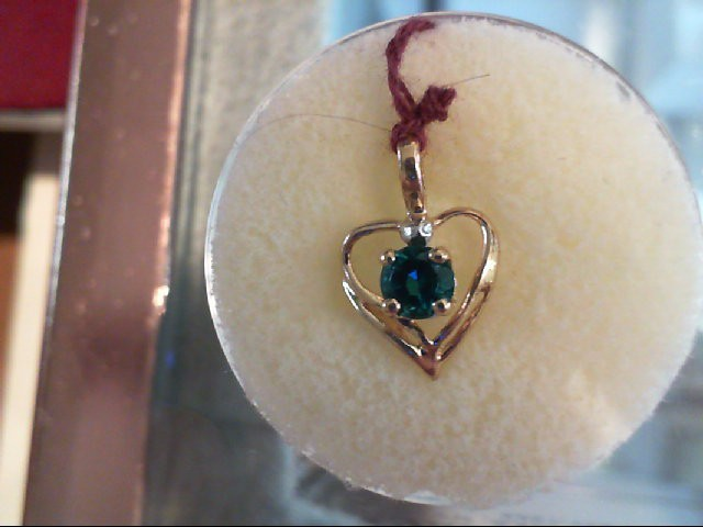 Emerald Gold-Stone Pendant 10K Yellow Gold 0.4g