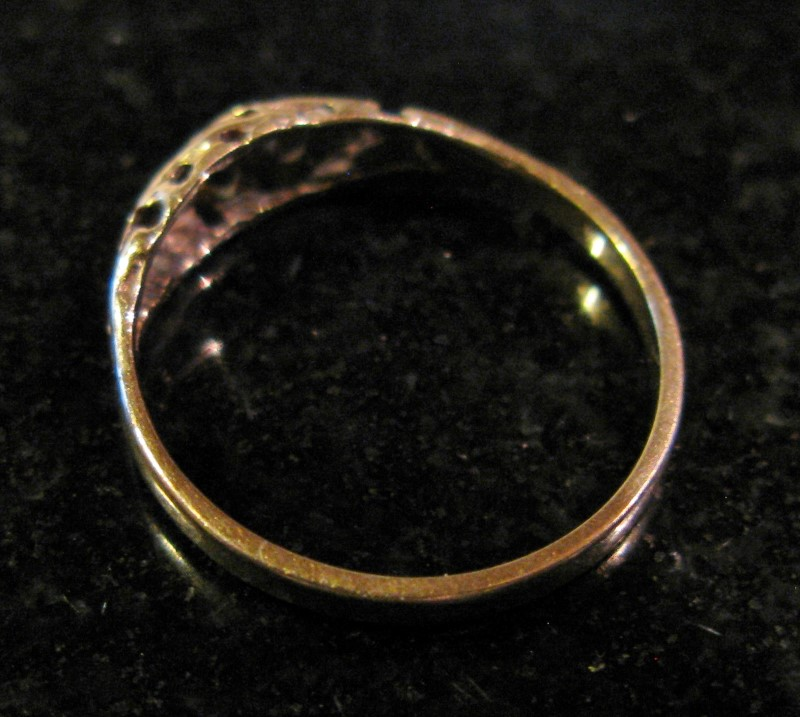 Small Gold Filigree Band 10K Yellow Gold 0.7dwt Size:5.2