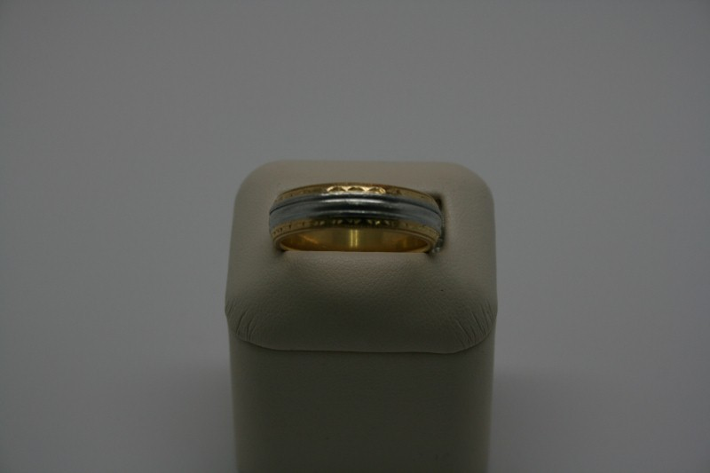 GENT'S GOLD 2TONE BAND 12.0G 18K & PLATINUM SIZE 10