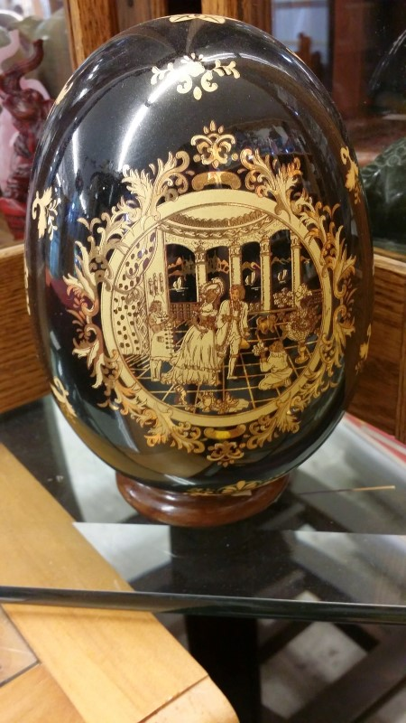 "6"" Glazed Black Egg, Victorian"