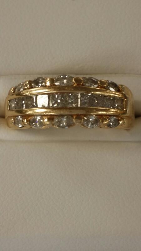 Lady's Diamond Fashion Ring 20 Diamonds 1.3 Carat T.W. 14K Yellow Gold 3.3dwt