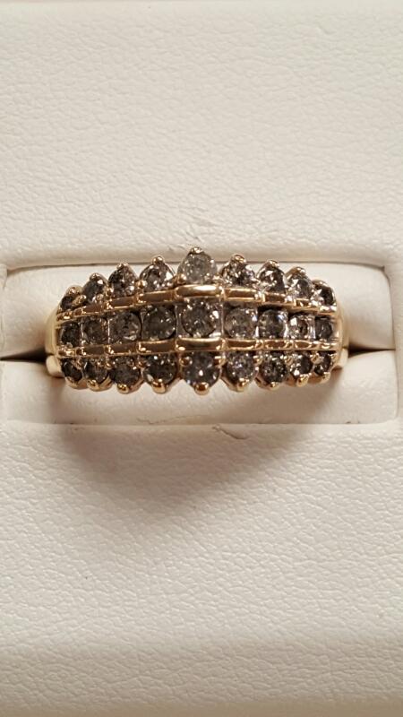 Lady's Diamond Fashion Ring 27 Diamonds 1.62 Carat T.W. 10K Yellow Gold 2.5dwt