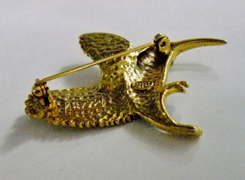 "JEWELED AND ENAMELED HUMMINGBIRD PIN/BROOCH, GOLD TONE, 1-3/4"" X 2"""
