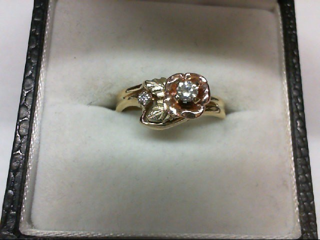 Lady's Diamond Wedding Set 2 Diamonds 0.07 Carat T.W. 10K Tri-color Gold 2.4g