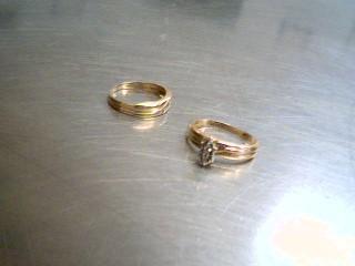 Lady's Diamond Wedding Set 6 Diamonds .06 Carat T.W. 10K Yellow Gold 3.4g