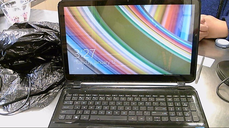 HEWLETT PACKARD Laptop/Netbook TOUCHSMART 15-D069WM