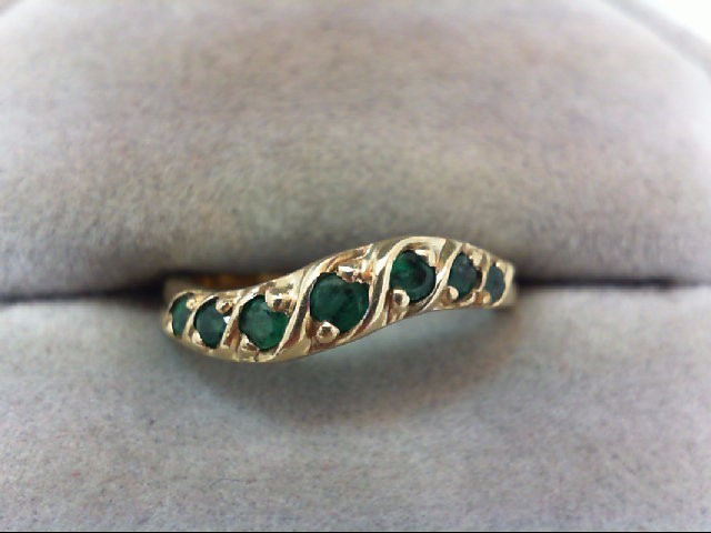 Emerald Lady's Stone Ring 10K Yellow Gold 1.8g