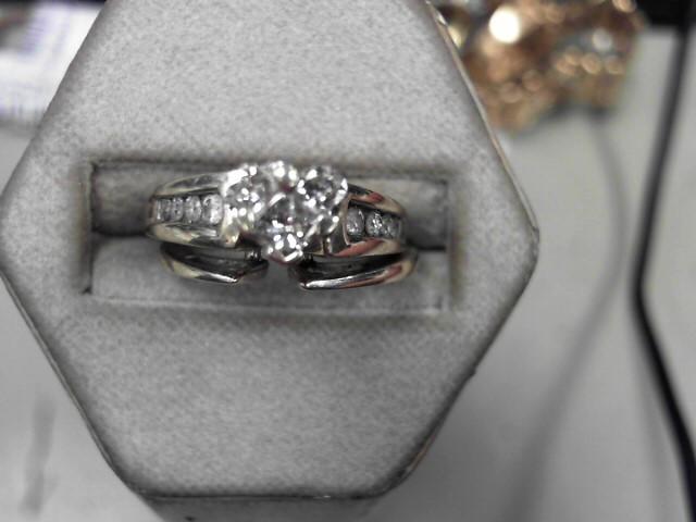Lady's Diamond Wedding Set 11 Diamonds .29 Carat T.W. 14K Yellow Gold 7.3g