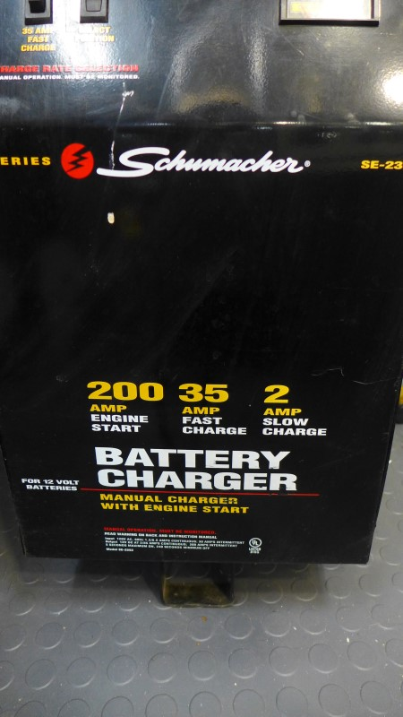 SCHUMACHER Miscellaneous Tool SE-2352 200 AMP BATTERY CHARGER