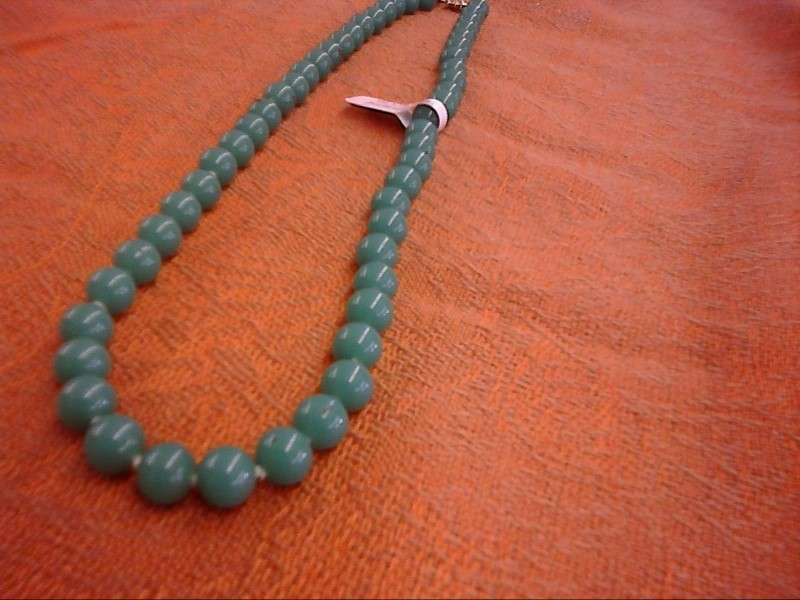 NECKLACE JEWELRY JEWELRY; DARKER COLORED JADE LOOKING BEAD NECKLACE