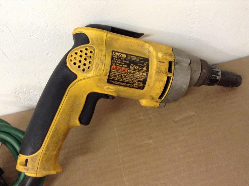 DEWALT Screw Gun DW269