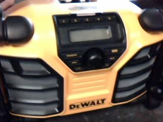 DEWALT Boom Box DCR015