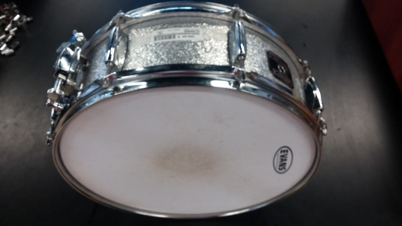 EVANS DRUMHEADS Percussion Part/Accessory SNARE SIDE HAZY 300